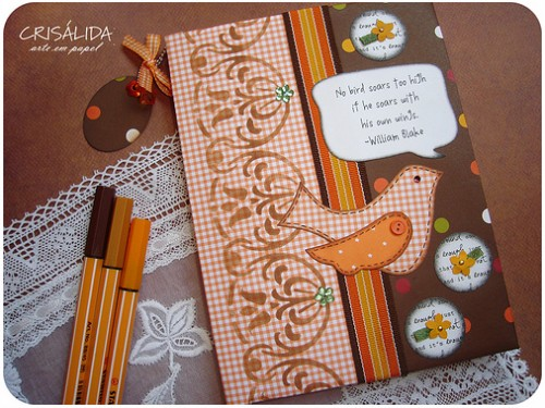 Caderno em Scrapbooking, feito pela Crislida